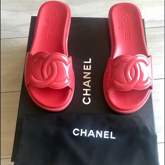 9ace4d0c1c0 CHANEL Shoes - Chanel CC logo slides